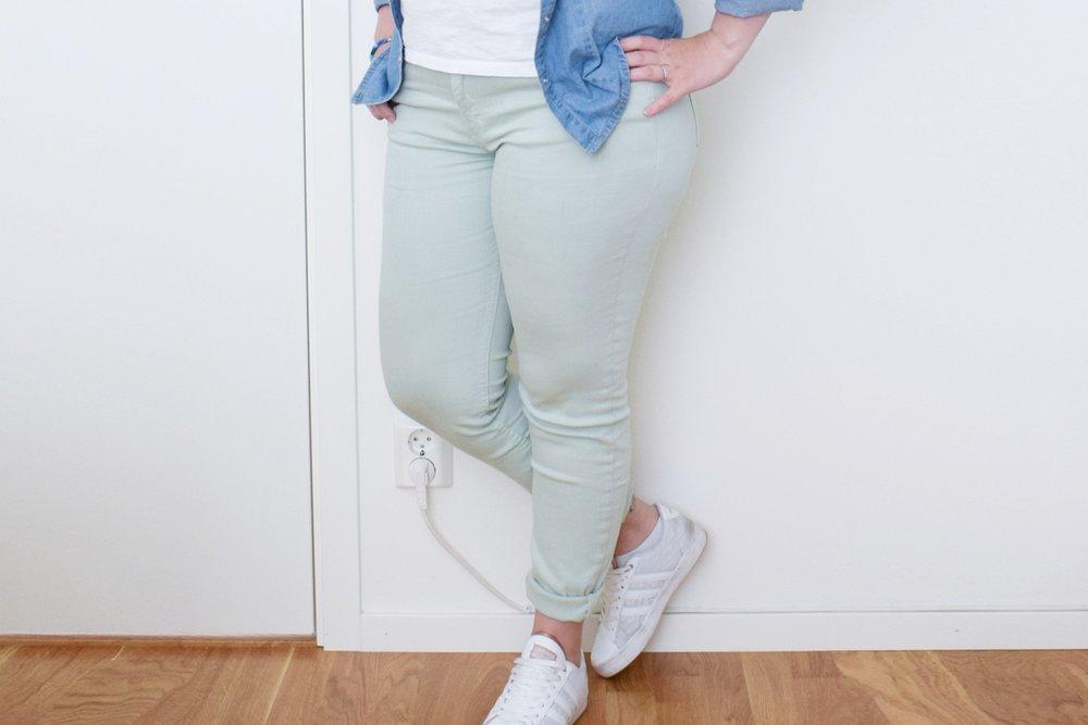 De här jeansen är också från ClubXPRS och är liksom ljusgröna. En ganska underlig färg som jag ändå gillar. Inget som verkar finnas i deras webshop dock, så det blir ingen länk.